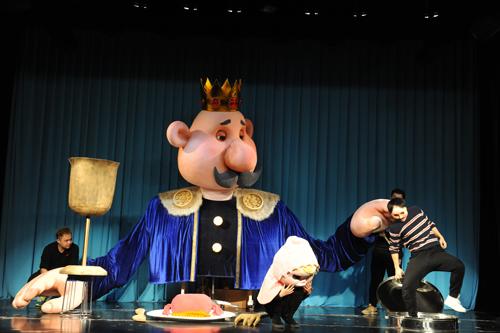 上海木偶剧团原创剧《小人国与大人国》2月2日上演